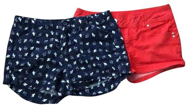 Item - Blue Cactus and Red Two Pairs Shorts Size 6 (S, 28)