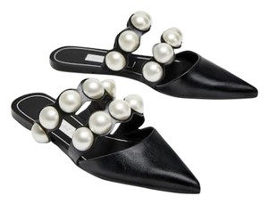 Zara Pearls black Flats