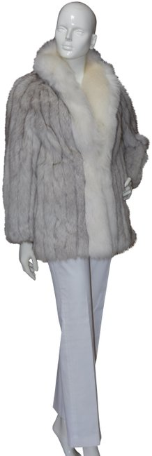 Item - Silver White Fox Coat Size OS (one size)