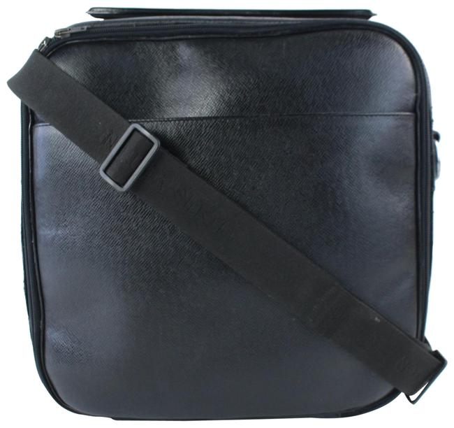 Item - Taiga Tura 2way Luggage 7lz0802 Black Leather Messenger Bag