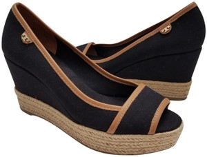 e9505d874cb739 Black Tory Burch Wedges - Up to 90% off at Tradesy