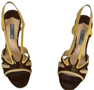 Prada Tan Yellow Brown Pumps