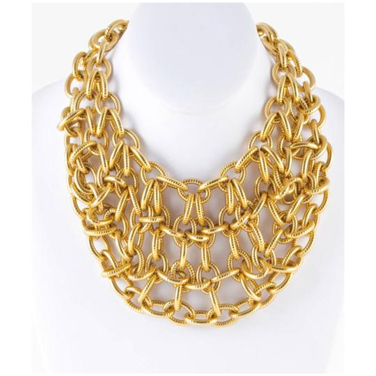 Preload https://img-static.tradesy.com/item/23805599/etienne-aigner-gold-new-chain-link-necklace-0-1-540-540.jpg