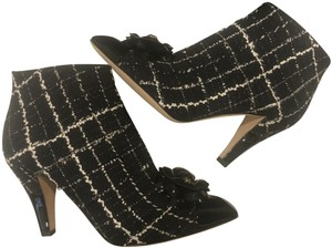 Chanel Heels Tweed Plaid Camellia Black/White Boots