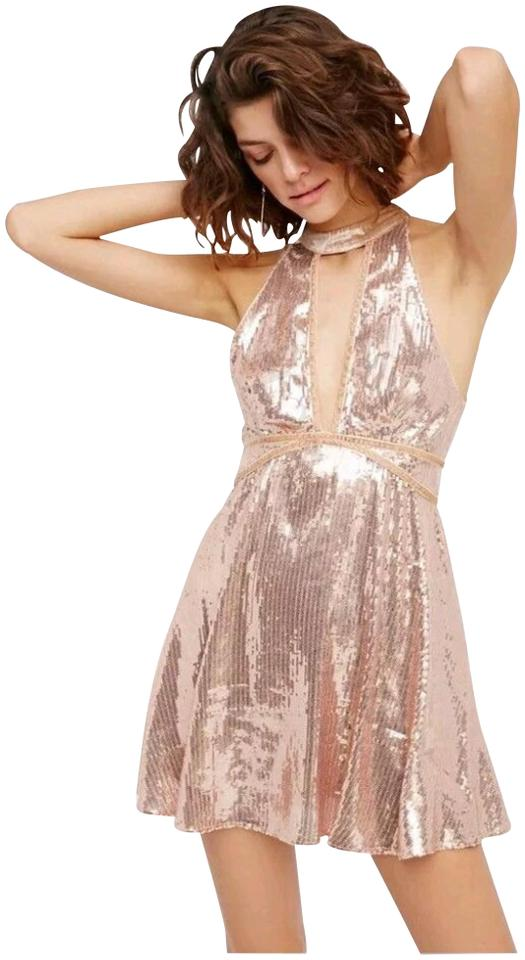 b7fe5a5f17e Free People Allover Sequin Velvet Trim Front Back Cut-outs Fit   Flare  Halter ...