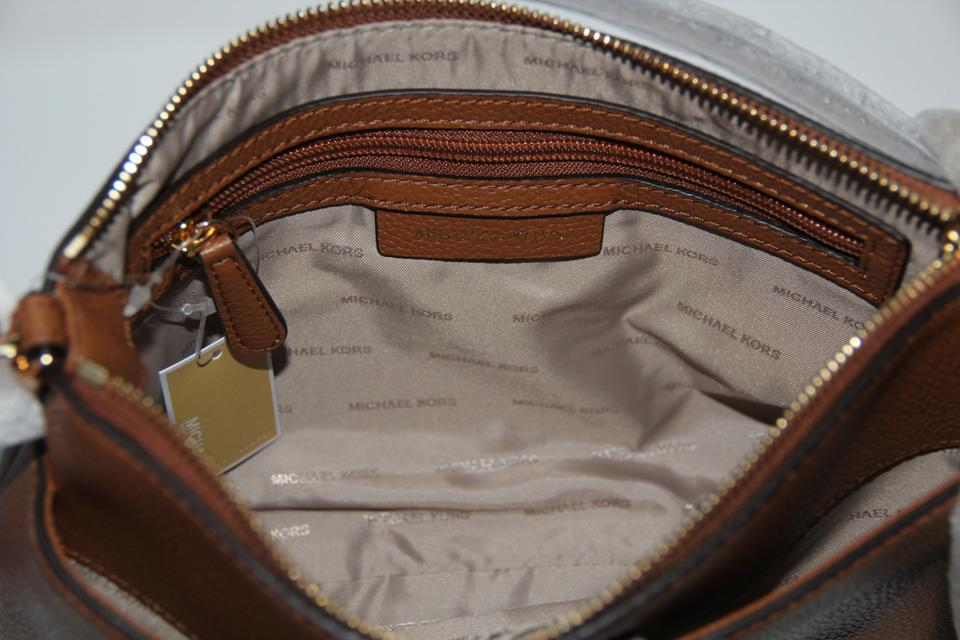 da06fa4e30ba Michael Kors Crossbody Mercer Studio Snap Pocket Leather Acorn Messenger Bag  Image 11. 123456789101112