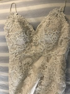 Casablanca Champagne Silver Ivory Polyester Lace Satin 1975 Formal Wedding Dress Size 4 (S)