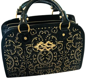Carmen Steffens Satchel in black leather with gold metal
