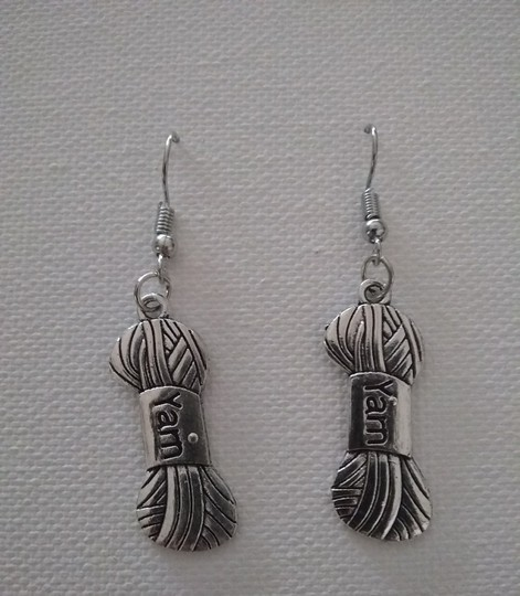 Unbranded Sterling Silver Plated Sewing Yarn Dangling Earrings Image 2