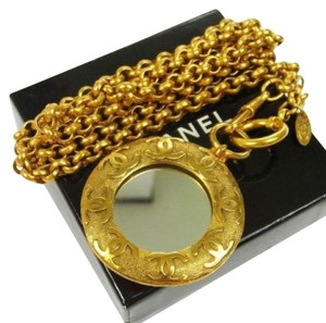 Chanel Gold Médallion Pendant - with Mirror Necklace