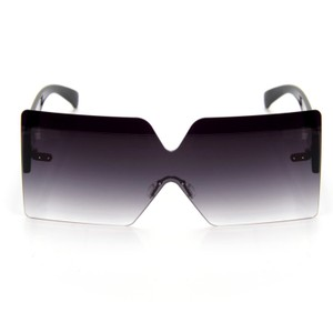 L.A.M.B. Cute Stylish Sunglasses