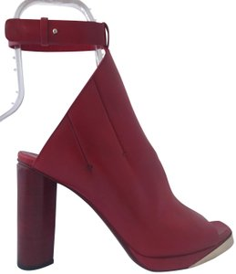 CoSTUME NATIONAL Louboutins Daffodile Pigalle Pump Red Burgundy Sandals