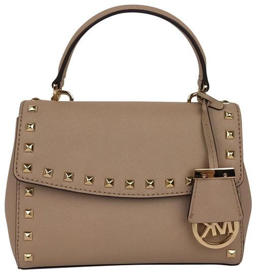 Preload https://img-static.tradesy.com/item/23812160/michael-michael-kors-ava-stud-extra-small-mini-crossbody-bisque-leather-messenger-bag-0-3-540-540.jpg
