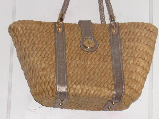 Michael Kors Xl Santorini Style Body Bold Gold Hardware Tote in metallic pewter leather and woven straw Image 8