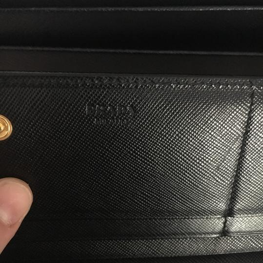 Prada Saffiano leather wallet with bow Image 4