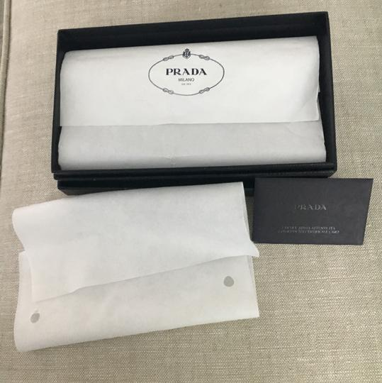 Prada Saffiano leather wallet with bow Image 8