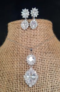White Gold Plated Brilliant Cubic Zirconia Necklace 18k Wg Jewelry Set