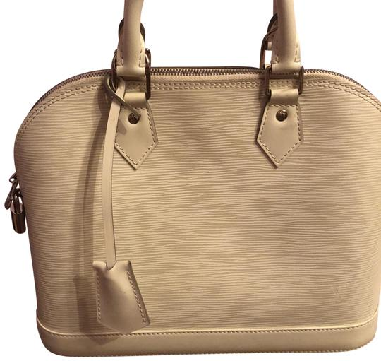 Preload https://img-static.tradesy.com/item/23814287/louis-vuitton-alma-handbag-pm-ivorywhite-epi-leather-satchel-0-2-540-540.jpg
