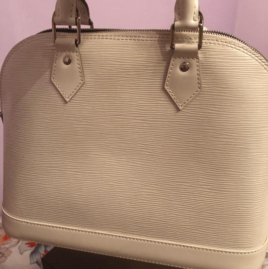 Louis Vuitton Satchel in Ivory/White Image 7