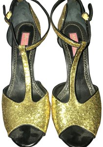 Betsey Johnson gold and black Formal