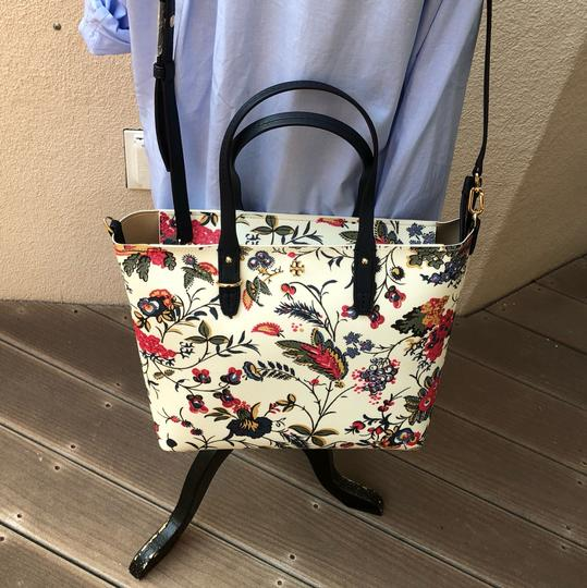 Tory Burch Small Zip Summer Tote in New Ivory Gabriela Floral Image 8