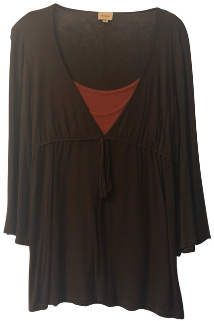 Item - Brown W W/ Built In Cami Tunic Size 4 (S)