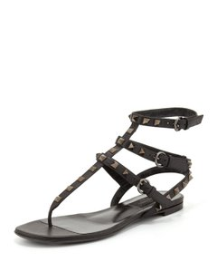 Valentino Rockstud Thong Gladiator Black Sandals