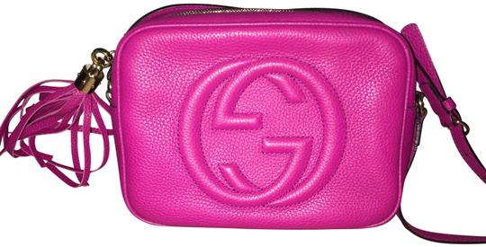 654bd4534bf Gucci Soho Soho Disco Disco In Fuschia Leather Cross Body Bag - Tradesy