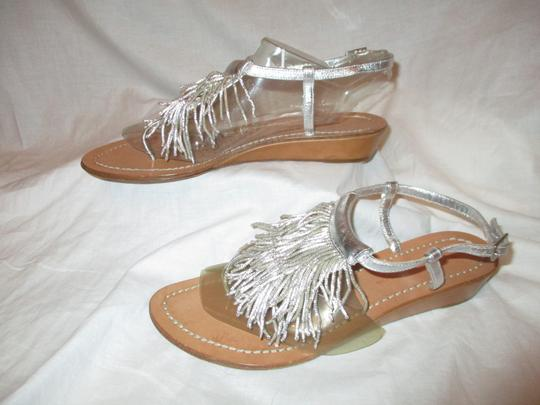 Sigerson Morrison Fringed Thong Leather silver Sandals Image 2