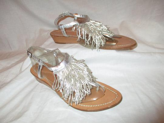 Sigerson Morrison Fringed Thong Leather silver Sandals Image 3