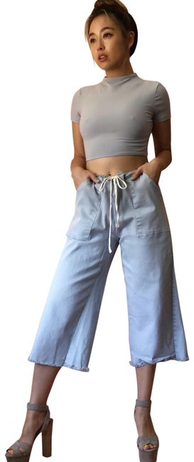 Preload https://img-static.tradesy.com/item/23816760/lacausa-chambray-culottes-capricropped-pants-size-4-s-27-0-1-650-650.jpg