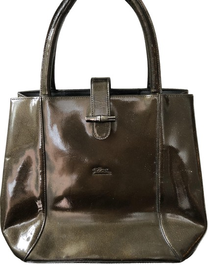 Preload https://img-static.tradesy.com/item/23817048/longchamp-olivebrown-patent-leather-satchel-0-2-540-540.jpg