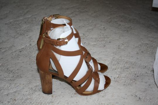 Dolce Vita Brown Leather Sandals Image 3