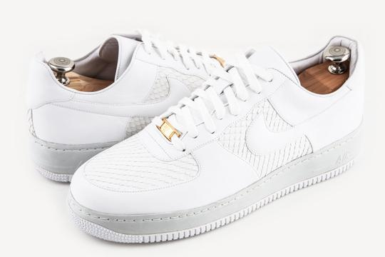 Preload https://img-static.tradesy.com/item/23817589/nike-white-air-force-af-1-82-25th-anniversary-shoes-0-0-540-540.jpg