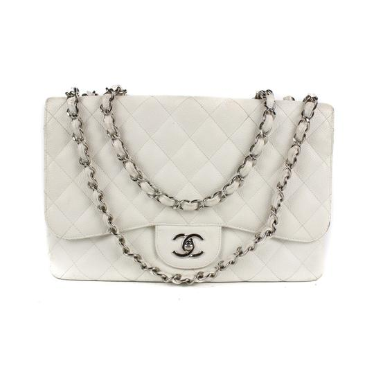 Preload https://img-static.tradesy.com/item/23817695/chanel-classic-flap-jumbo-white-caviar-leather-shoulder-bag-0-2-540-540.jpg