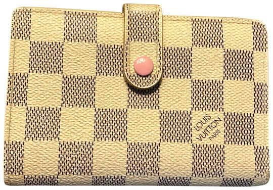 Preload https://item4.tradesy.com/images/louis-vuitton-french-kiss-lock-wallet-23818133-0-1.jpg?width=440&height=440