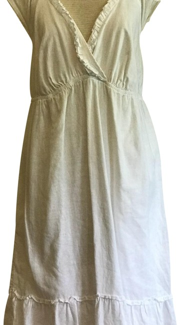 Preload https://item3.tradesy.com/images/old-navy-white-s808879-00-short-casual-dress-size-12-l-23818147-0-3.jpg?width=400&height=650