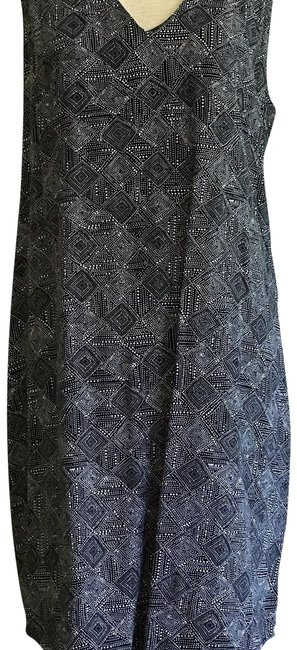 Preload https://item3.tradesy.com/images/old-navy-black-and-white-print-s132890-05-short-workoffice-dress-size-14-l-23818167-0-3.jpg?width=400&height=650