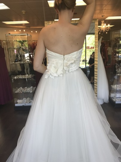 Ivory Strapless Sweetheart Traditional Wedding Dress Size 8 (M)
