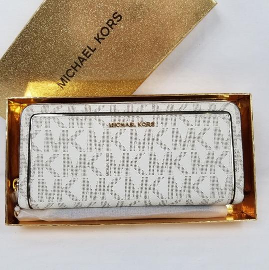 Michael Kors Michael Kors Frame Out Travel Continental Wallet (boxed)