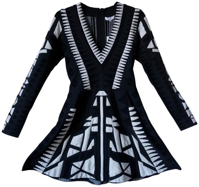 Preload https://item3.tradesy.com/images/parker-black-and-white-tribal-mid-length-formal-dress-size-4-s-23818297-0-1.jpg?width=400&height=650