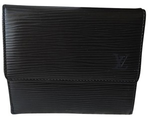 Louis Vuitton Louis Vuitton Epi Wallet