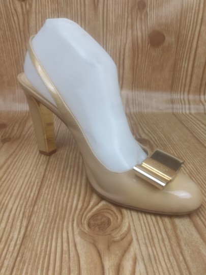 Kate Spade Patent Leather Bow Metallic Hardware Slingback Beige Formal