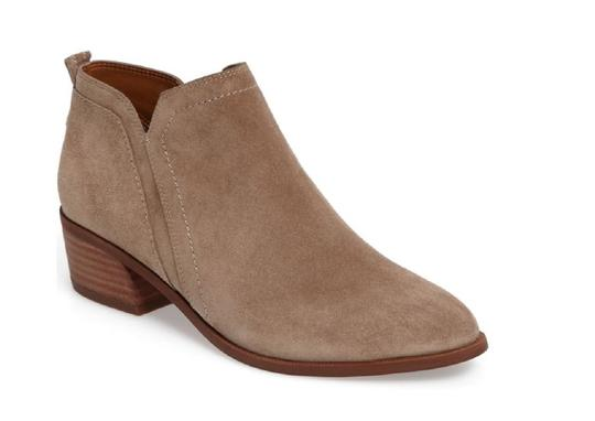 Preload https://img-static.tradesy.com/item/23818785/franco-sarto-beige-paivley-bootsbooties-size-us-6-regular-m-b-0-0-540-540.jpg