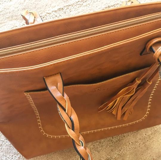 Weimeibaige Tote in Tan