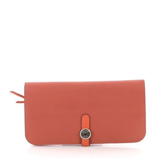 Preload https://item5.tradesy.com/images/hermes-dogon-recto-verso-wallet-pink-leather-clutch-23818839-0-0.jpg?width=440&height=440