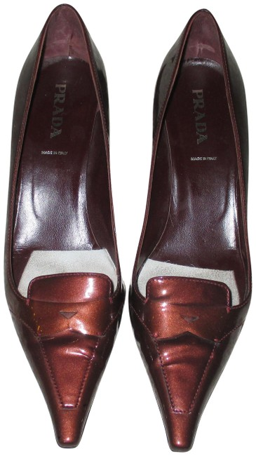 Item - Bronze Patent Leather Pointed Pumps Size EU 38 (Approx. US 8) Regular (M, B)
