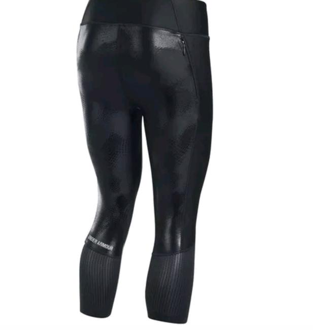 Preload https://img-static.tradesy.com/item/23818897/under-armour-black-fly-by-print-activewear-bottoms-size-16-xl-plus-0x-0-1-650-650.jpg