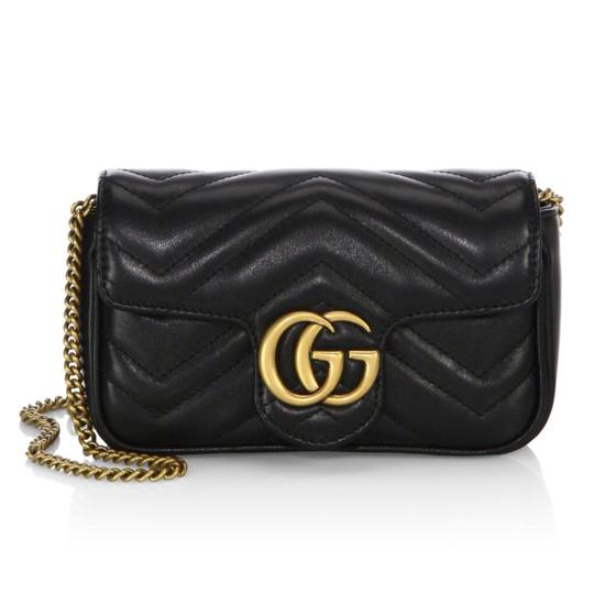 Preload https://item3.tradesy.com/images/gucci-marmont-gg-matelasse-mini-small-gold-chain-convertible-fanny-pack-black-leather-cross-body-bag-23818927-0-0.jpg?width=440&height=440
