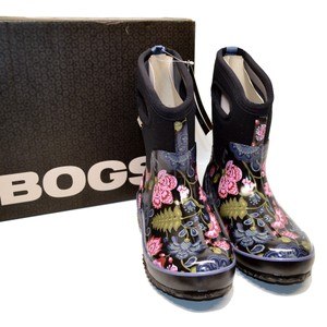 Bogs Floral Mid Women's Purple and black multi Boots